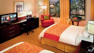New York Marriott at the Brooklyn Bridge - Deluxe Room $249