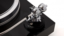 Vienna Acoustics Showcase a Canadian first: The E.A.T Forte-S Turntable Thumbnail