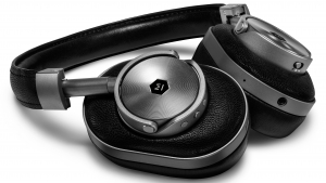 Master & Dynamic Introduces Its MW60 Wireless Over Ear Headphones Thumbnail