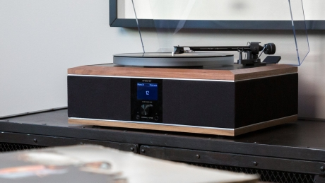Andover Audio Introduces the Model One Record Player Thumbnail
