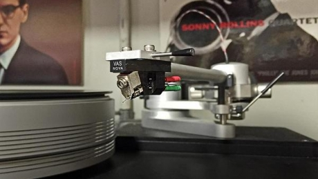 NY debut of the new VAS Audio Nova MC cartridge.  Thumbnail