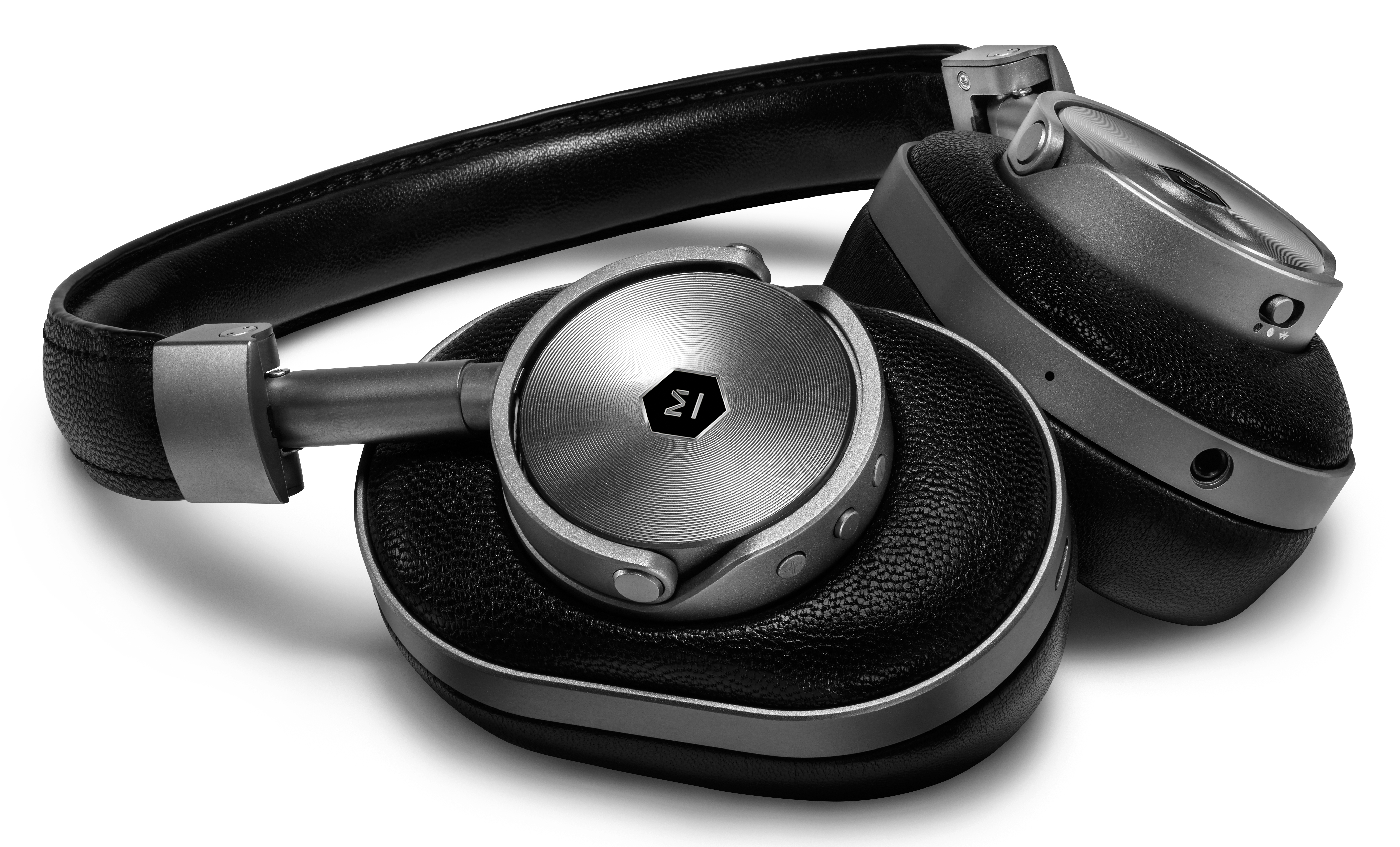 30c4aa9168b Master & Dynamic Introduces Its MW60 Wireless Over Ear Headphones Gallery  Thumbnail ...